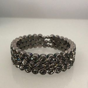 Free w/purchase🛍Costume jewellery-bracelet bangle